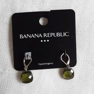 Brand new green earrings banana republic outlet